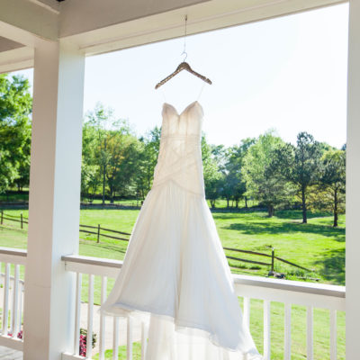 Oak Manor Farms Styled Shoot — Gallery — The Perfect Posey